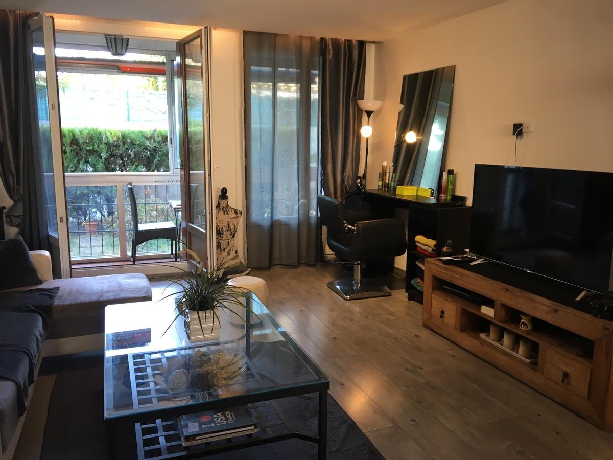 vente achat appartement aubagne 13400. Black Bedroom Furniture Sets. Home Design Ideas
